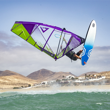 GUNSAILS | Niclas Nebelung Freestyle Windsurfer