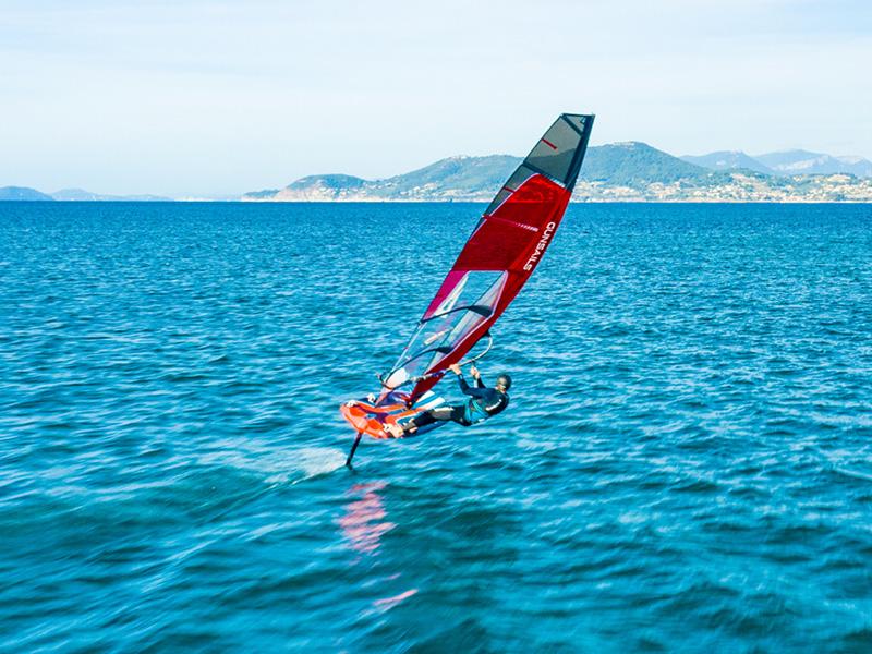 Foil-Windsurf-2.jpg