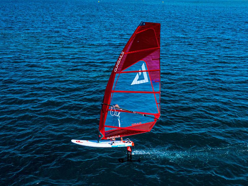 Foil-Windsurf-5.jpg