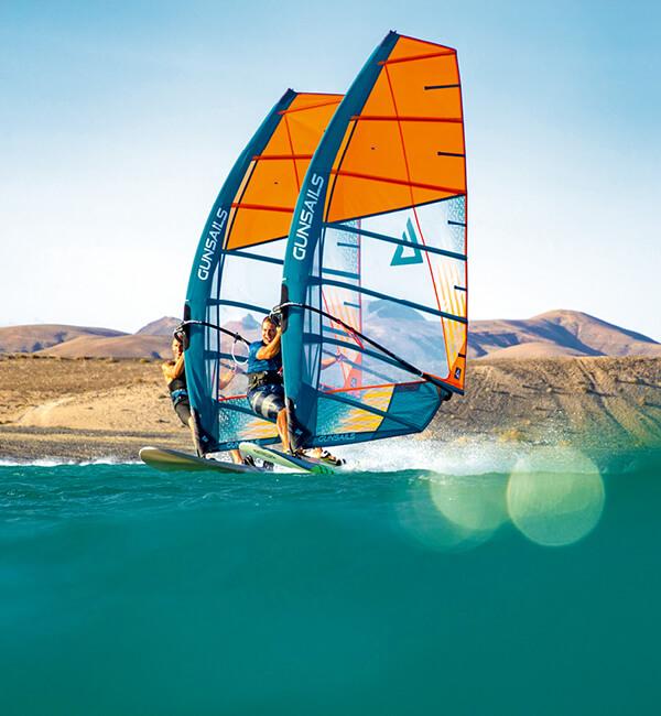 Segel, Mast und Gabelbaum zum Windsurfen bei Leichtwind, bis hin zum Race Windsurf Equipment für PWA Worldtour Windsurfer