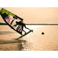 GunsailsWindsurfing018.jpg